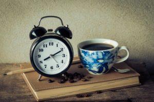 hábitos para madrugar. Función snooze